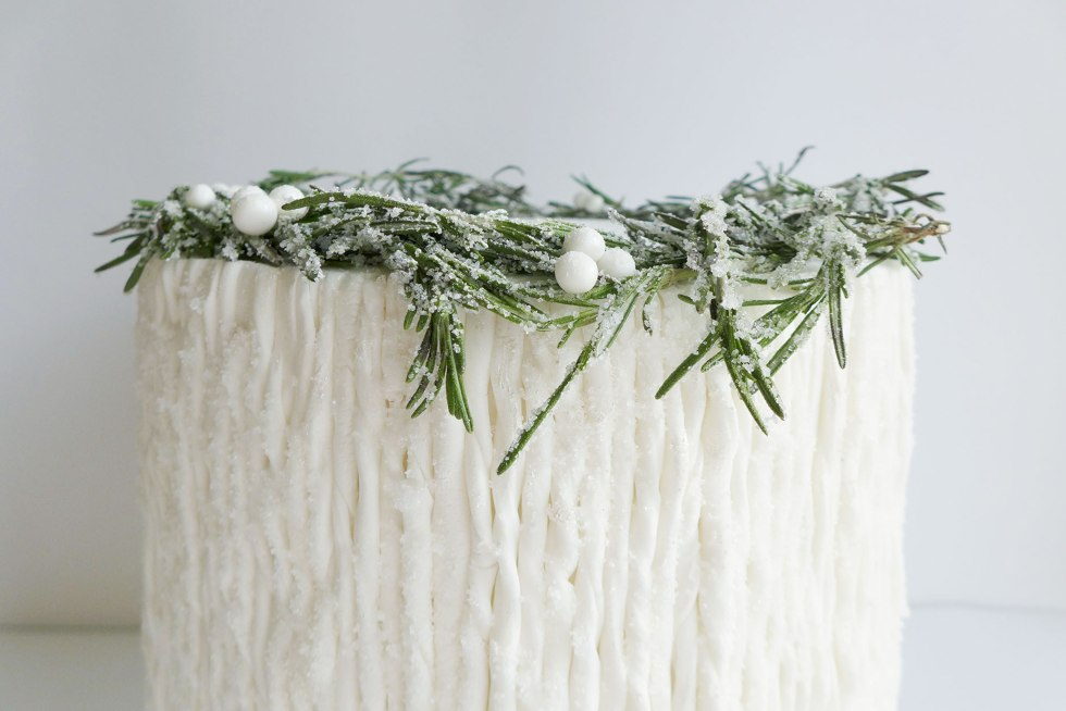 Icicle-cake-rosemary-wreath