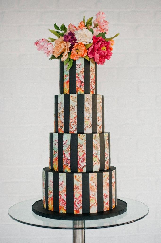 Olofson Design modern baroque cake